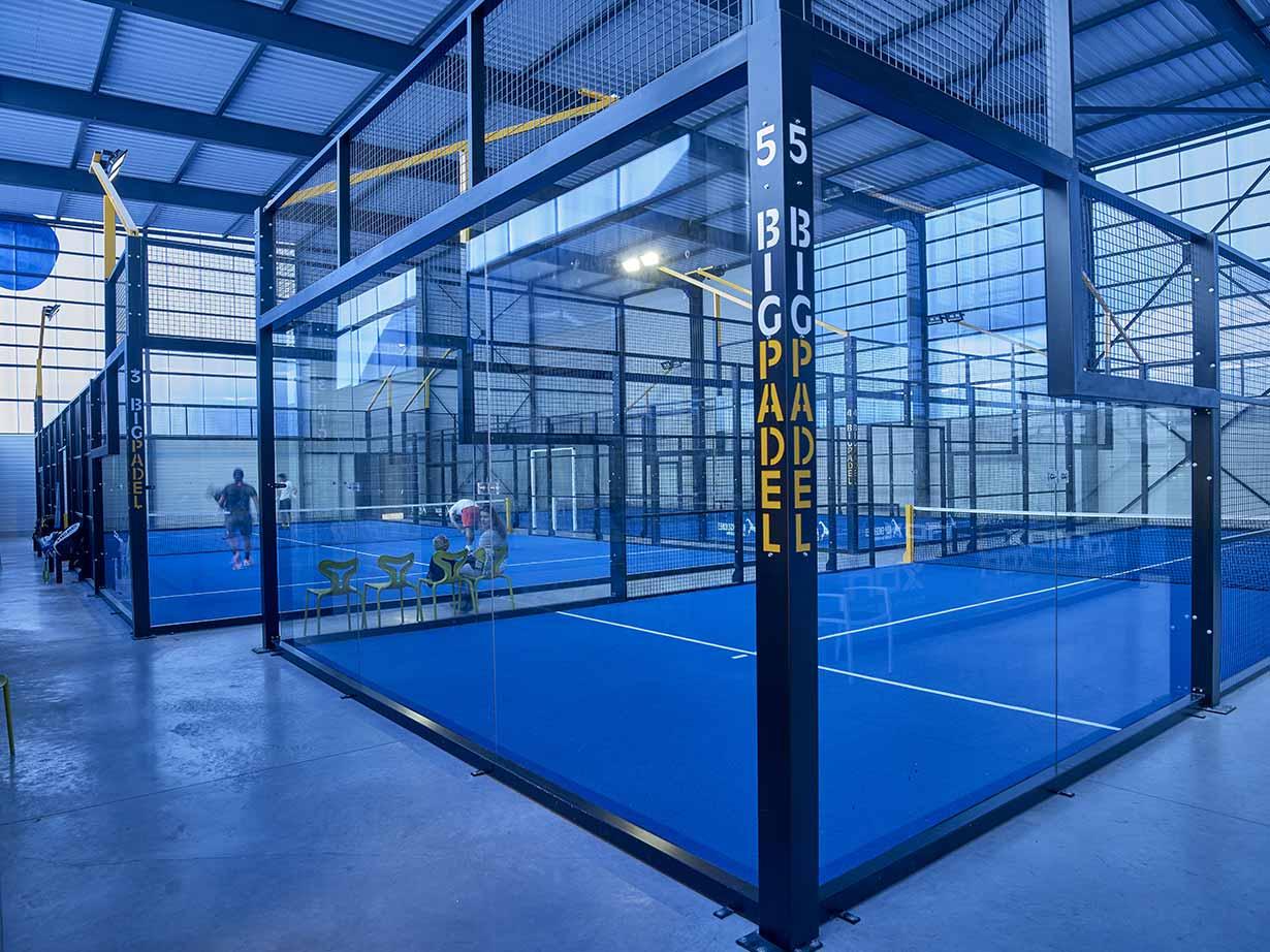 Vue intérieure du Tennis-Padel