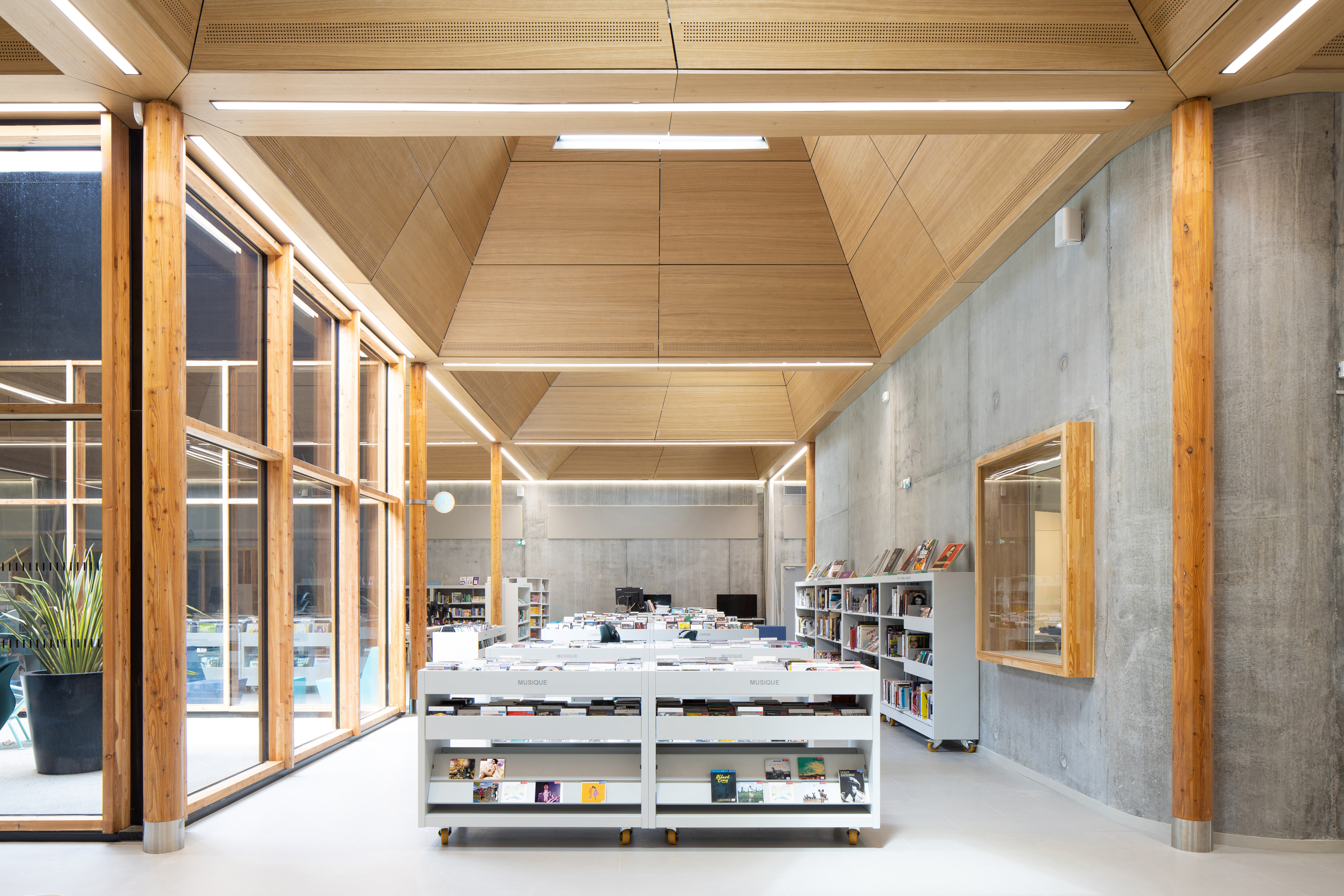 Bibliothèque Pierre Veilletet